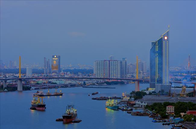 泰国商业区夜景